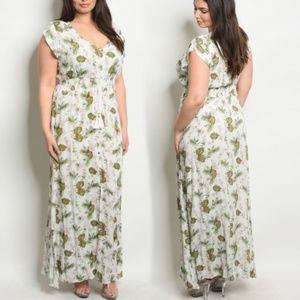 Dresses & Skirts - Eva's English Garden Party Maxi Dress! <3